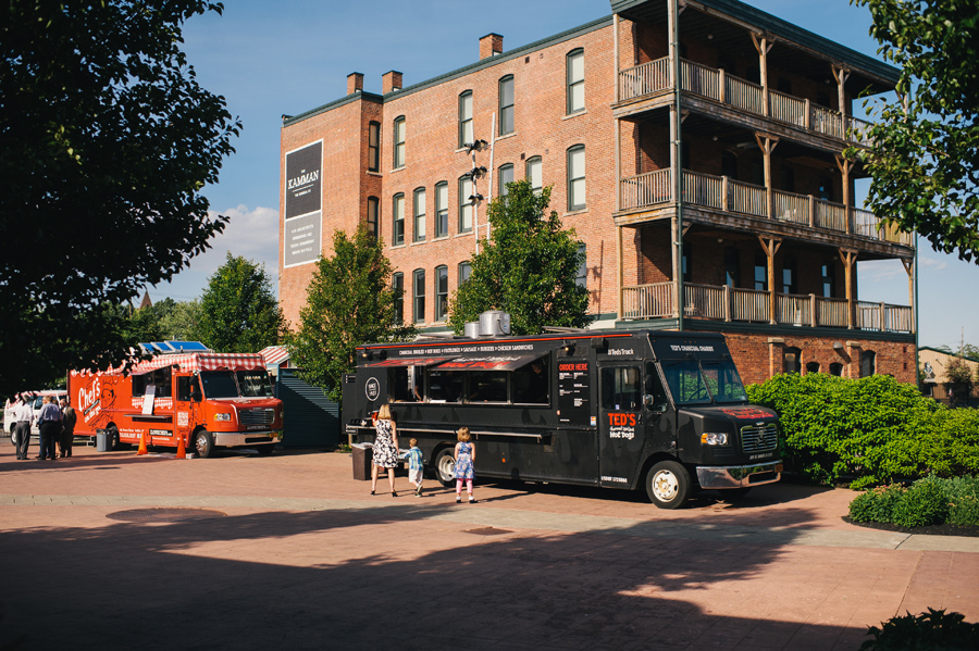 food trucks lined up in larkin square